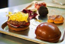 Голландский шеф-повар презентовал самый дорогой бутерброд в истории кулинарии