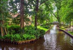 Нидерланды приглашают посетить свою «Венецию»