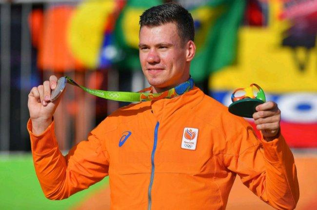 Голландский спортсмен попал в аварию и находится в коме