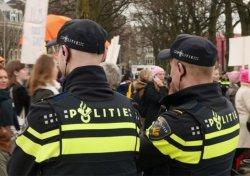 В Амстердаме расширят штат полисменов