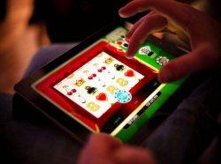 Все больше голландцев играют на нелегальных сайтах