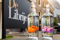 В Голландии выпустили уникальную водку из тюльпанов