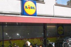 В Голландии известная сеть супермаркетов отказывается от продажи табачных изделий