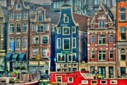 В Голландии снова заработали музеи, кинотеатры и бары